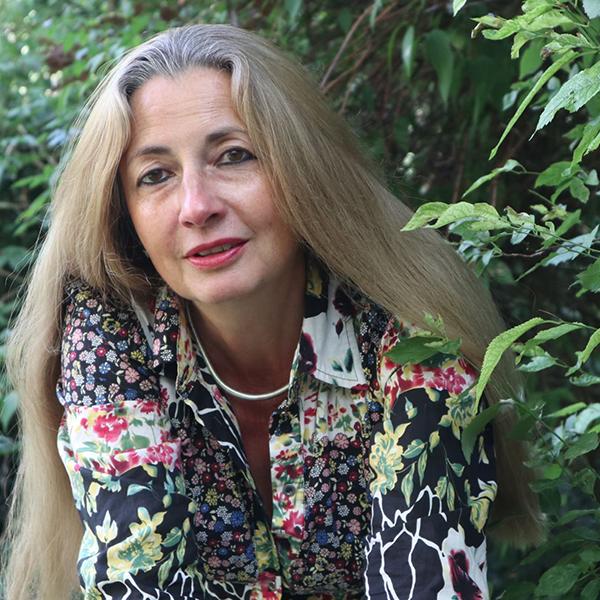 Dr. Nadine Wilems